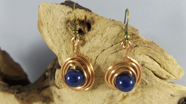 Copper earrings with blue lapis