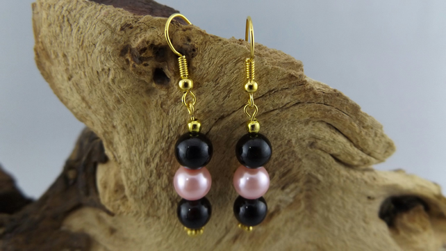 Pink shell pearl and black agate earrings