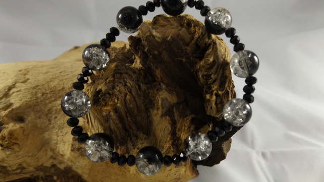 black crackle glass beads with crystals stretch bracelet
