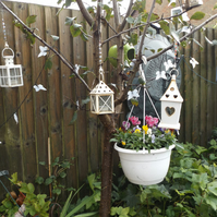Tree hanger for garden tea light lanterns