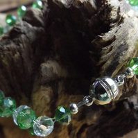 Green and white crystal bracelet