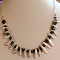White magnesite and black agate necklace