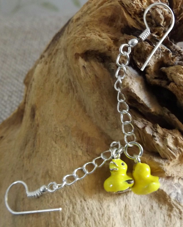 Enamel duck charm dangle earrings