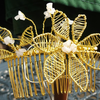 Gold plated wire flower with moonstone haircomb