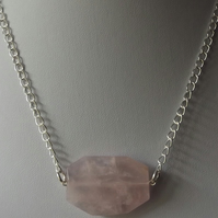 "Rose quartz necklace with 18"" length"