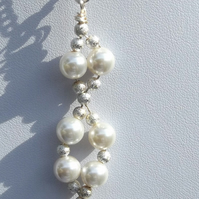 "16"" white shell pearl necklace with stardust silver spacers"