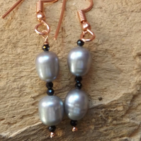Rose gold plated silver grey freshwater cultured pearl and black spinel earrings