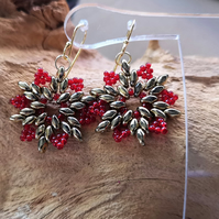 Snowflake red and gold earrings