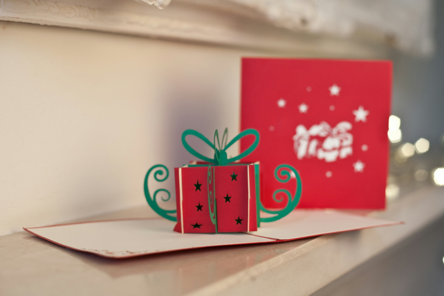 Christmas Present Pop Up Card
