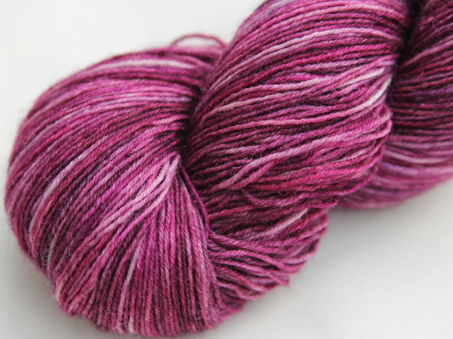 SALE Digitalis - Superwash Bluefaced Leicester 4-ply yarn