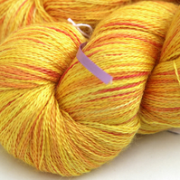Daffy - Silky baby alpaca laceweight yarn