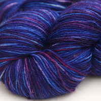 SALE Darkness - Superwash Bluefaced Leicester 4-ply yarn