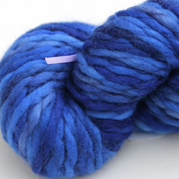 SALE Royal - Chunky merino wave wrap yarn