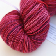 Magnificent - Superwash Bluefaced Leicester 4-ply yarn