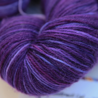 SALE: Last Minute - Superwash wool-nylon 4-ply yarn