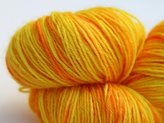 SALE: Sunray - Superwash Bluefaced Leicester 4-ply yarn