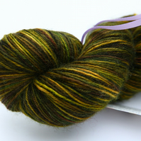 Woodland Wander - Superwash Bluefaced Leicester 4-ply yarn