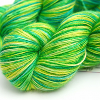 Palm Beach - Superwash Bluefaced Leicester 4-ply yarn