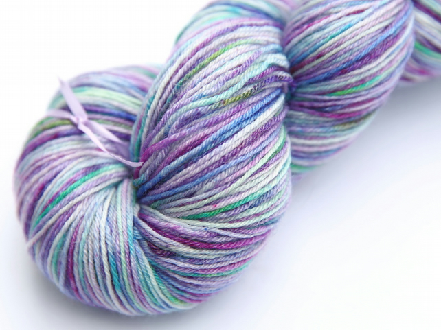 Lilac Dream - Superwash Bluefaced Leicester - bamboo 4-ply yarn