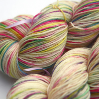 Speckled Egg - Superwash wool - nylon 4-ply yarn