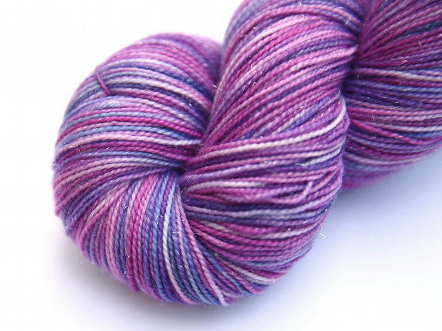 Tea and Cupcakes - Silver Sparkly Superwash merino 4-ply yarn