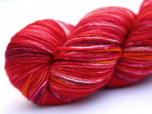 Tall Poppies - Superwash Bluefaced Leicester 4-ply yarn