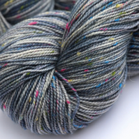 Flowers in the Rain - Superwash neppy 4 ply yarn