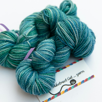 Tidal - Silver Sparkly superwash merino 4 ply 20g mini skeins