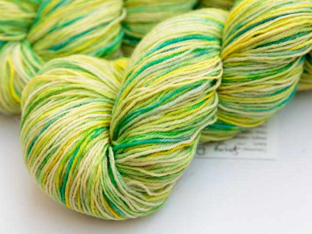 SALE: Spring Day - Superwash Bluefaced Leicester 4 ply yarn