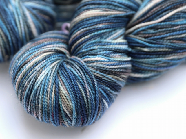 Storm Surge - Silver Sparkly Superwash merino 4 ply yarn