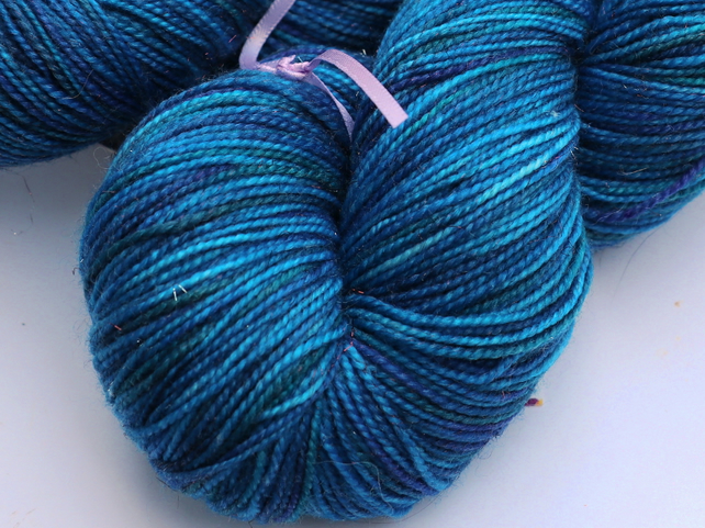 SECOND SPECIAL: Satellite - Bronze sparkly superwash merino 4 ply yarn