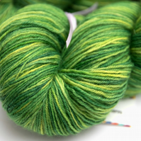 Waving Palms - Superwash Bluefaced Leicester 4 ply yarn