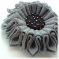 Dark Grey Sunflower Felt Corsage