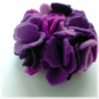 Felt Brooch - Purple Carnation