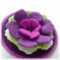 'Lovely Layers' Circular Felt Brooch