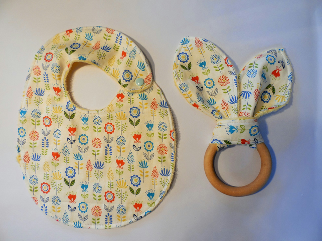 Large teething ring and bib gift set.