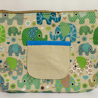 ipad, large tablet case. Zipped and padded with 2 pockets. Green elephants.