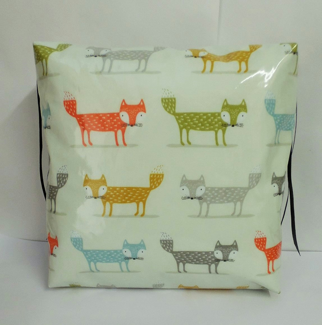 Toddler booster bean cushion 9cm . Wipeable pvc multi fox fabric. With Ties.