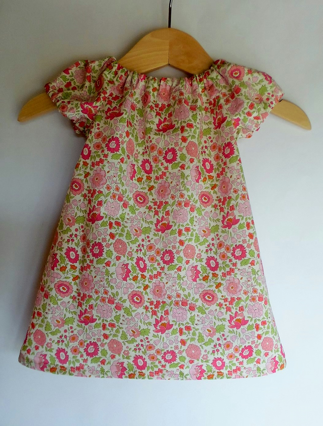 Baby dress 0-3 months. Liberty of London D'anjo A tana lawn. With nappy cover.