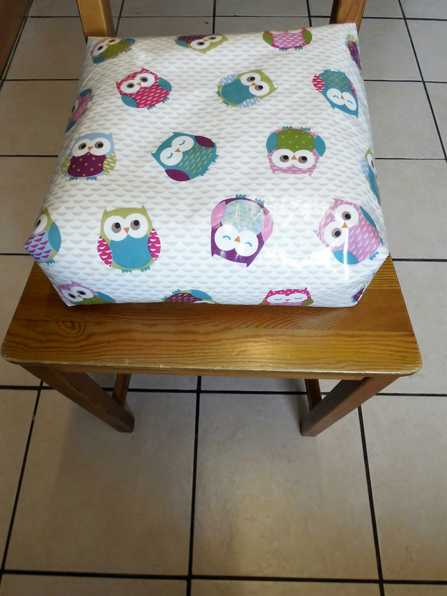Toddler booster bean cushion 9cm . Wipeable pvc owls. With Ties.