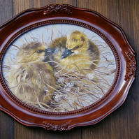 Two goslings painting