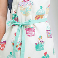 Ladies Apron, Cute Ladies Cupcakes Apron, Womens Bakery Pinny, Misses Bib Aprons