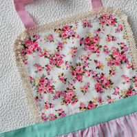 Kids Apron 5-7 years, Pink Floral Apron for Girls, Kitchen Apron, Family Apron