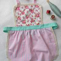 Kids Apron 2-4 years, Pink Floral Apron for Girls, Kitchen Apron, Cute Apron