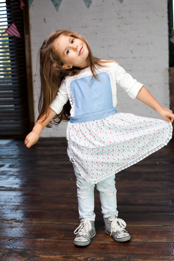 Kids Apron 5-7 years,Blue Kids Pinny, Puffed Pleated Full Skirt Mother Daughter