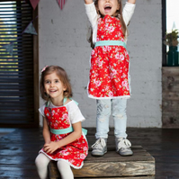 Kids Apron 7-9 years, Mother Daughter Aprons, Toddler Apron, Red Apron
