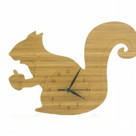 Squirrel Clock - Natural