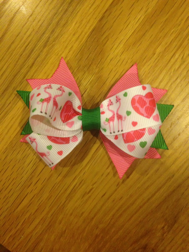 4 inch stacked ribbon hair bow green & pink with giraffe print on crocodile clip