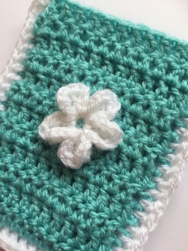 Crochet pocket tissue cover mint and white