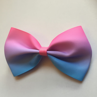 Gradient hair bow